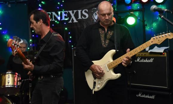 bass and rhythm guitar, Genexis - Tewantin Noosa RSL