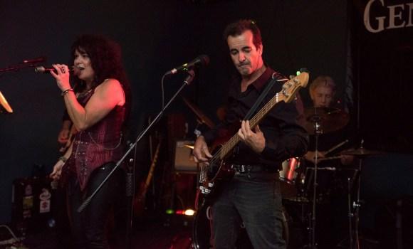 lead vocals, bass guitar, Genexis - Tewantin Noosa RSL