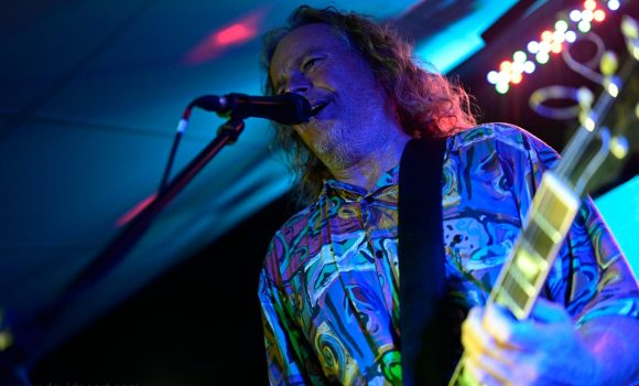 Genexis live music - Magnetic Island