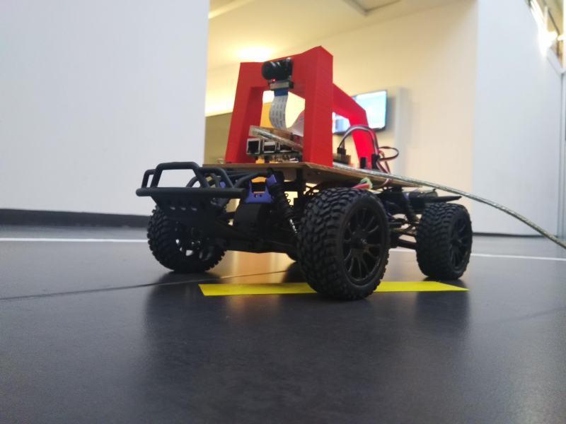 Robótica aplicada a vehículos autónomos: Donkeycar en DIY Robocars
