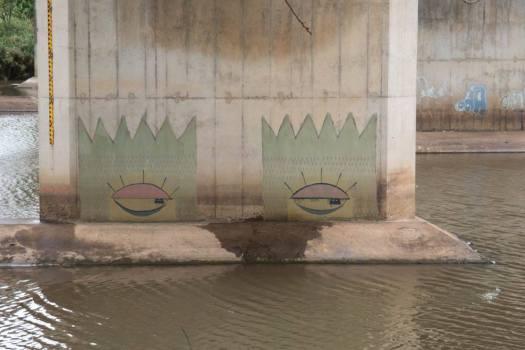 4Graffiti - N2 Freeway bridge over the Mtwalume river, KZN