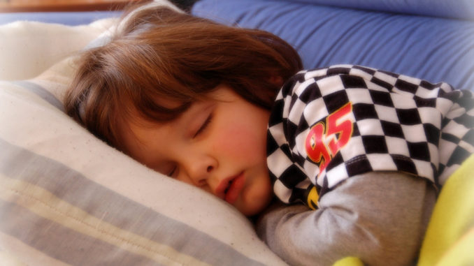 5 Hacks To Help Kids Sleep Fast