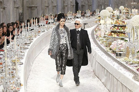 Karl Lagerfeld at the show Paris Bombay