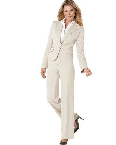 les costume pour femme