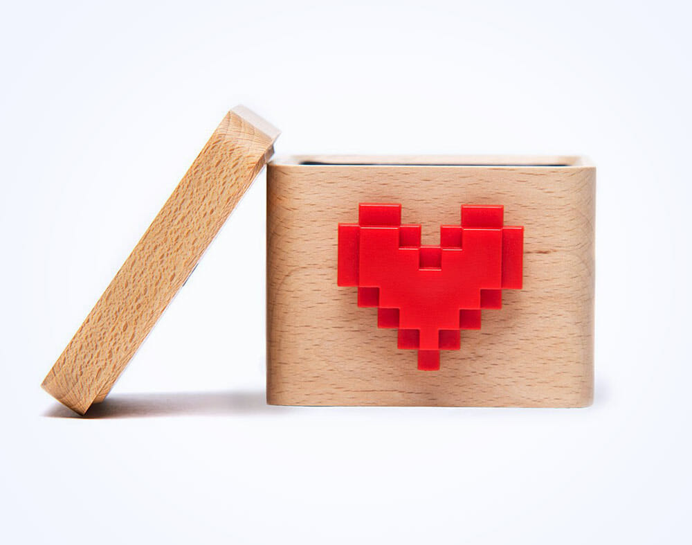 lovebox-messenger-header