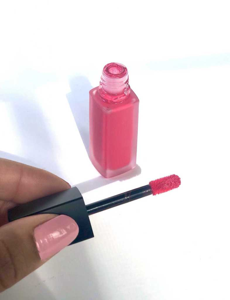 close up of applicator of Chanel Rouge Allure Ink shade Euphorie