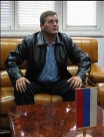 Sredoje Lukic speaking to high-level Republika Srpska authorities before turning in to the Hague.