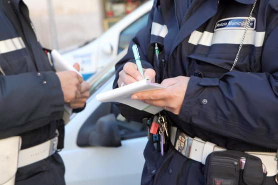 polizia municipale, vigili, multa multe