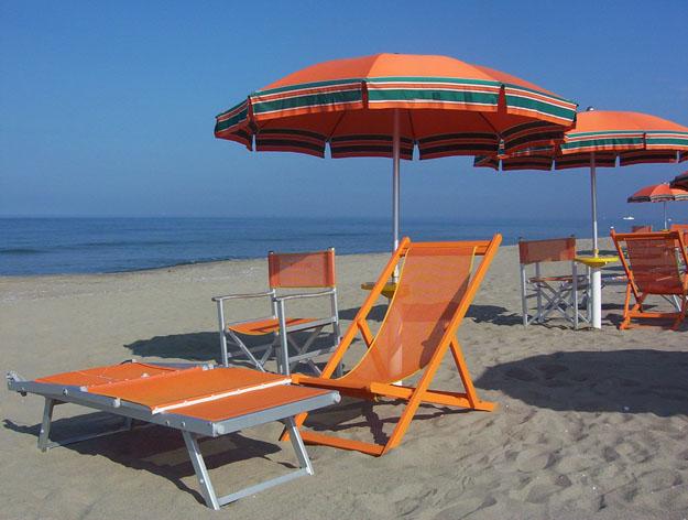 spiaggia  ombrelloni stabilimento balneare