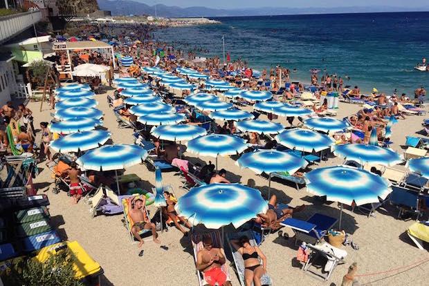spiaggia ombrellone