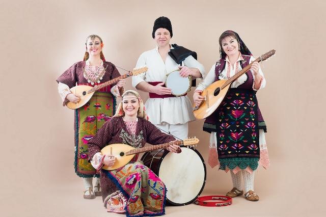 Bisserov Family (640x426).jpg