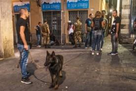 polizia centro storico cani santo sepolcro