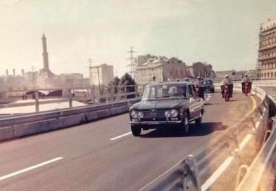 """1965, l'inaugurazione della sopraelevata nelle foto dell'allora capo dei vigili motociclisti Giovanni """"Genco"""" Tripaldi"""
