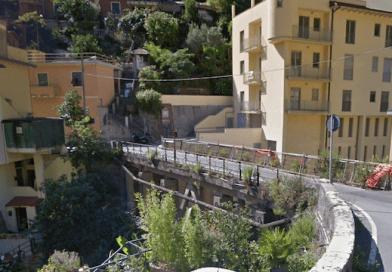 Da domani e per 3 giorni chiuso per lavori il ponte sul torrente Molinassi. Cambia il percorso della linea 51