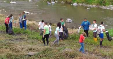 Gli scout, con Amiu e Aster, ripuliscono Bisagno, Polcevera e Varenna