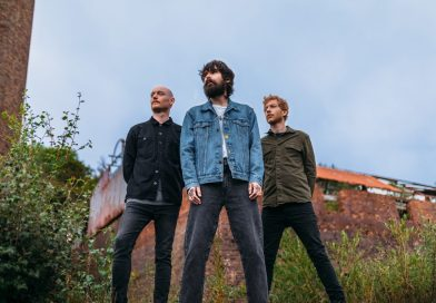 Biffy Clyro Share New Single 'A Hunger In Your Haunt'