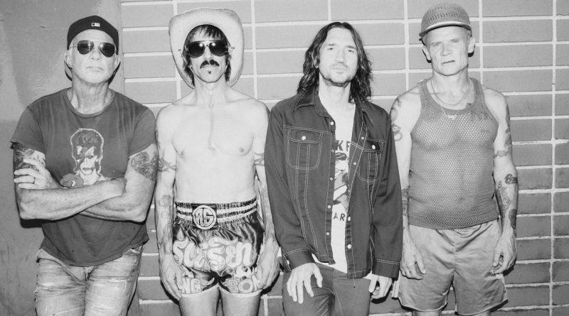Red Hot Chili Peppers Announce Summer Tour With Beck And The Strokes