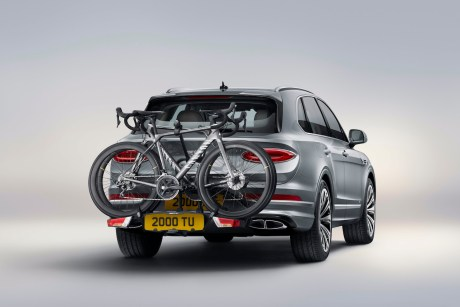 - 20200802_Bentayga_Accessories011 - Cycle Carrier