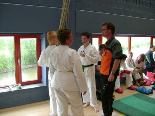 Karate kumite 27 mei (15)