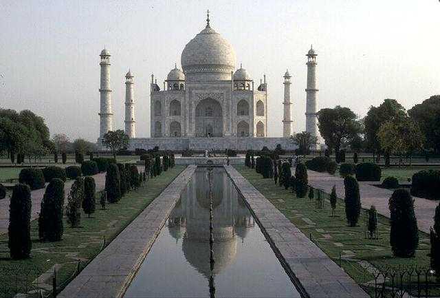 https://i1.wp.com/gentaquran.com/wp-content/uploads/2009/12/Masjid-Taj-Mahal.JPG