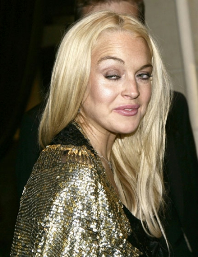 717bc363f EUVÍ: Lindsay Lohan – Uma história de fama, baladas, álcool, drogas ...