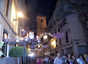 nit-roá-fiestas-agosto-elche-provincia-alicante-españa