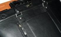 geanta neagra, fata exterior, totul din piele, genti de mana, serviete de umar
