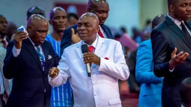 Coronavirus: Bishop Oyedepo Defies Government Order As Crowd Storms Canaanland
