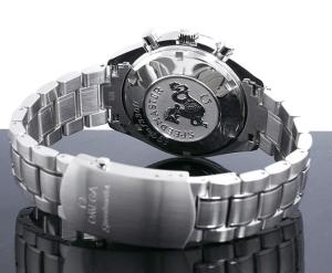 NASAが宇宙空間で使用できる時計を選定したオメガの腕時計