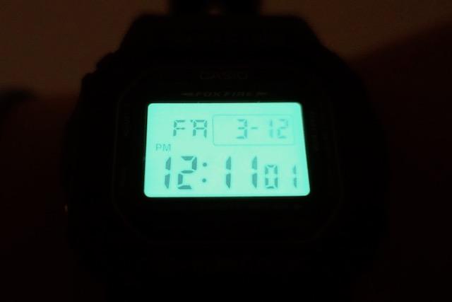 "Casio ""G-Shock"" DW-5600E-1 バックライト"
