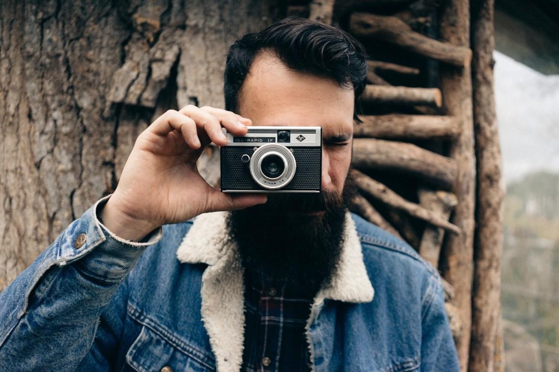 MLADI BRADONJA Kako muški pretrpjeti najgoru fazu - svrbež brade