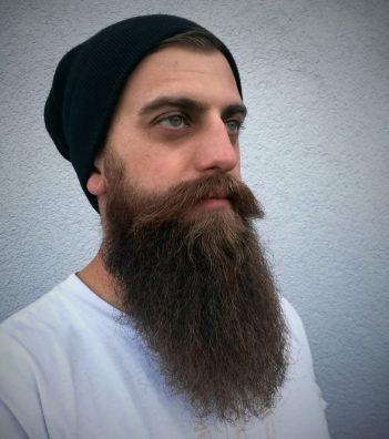 Never bring a mustache to a beard fight / Saša Njari