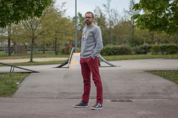 Comment Porter Un Pantalon Rouge Gentleman Moderne