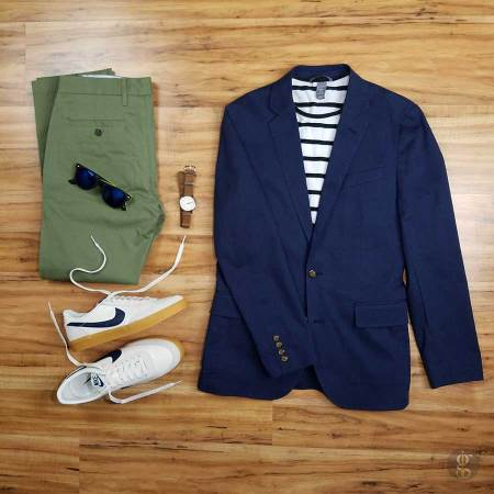 f0dc62dbe281 How To Wear A Navy Blue Blazer In The Spring