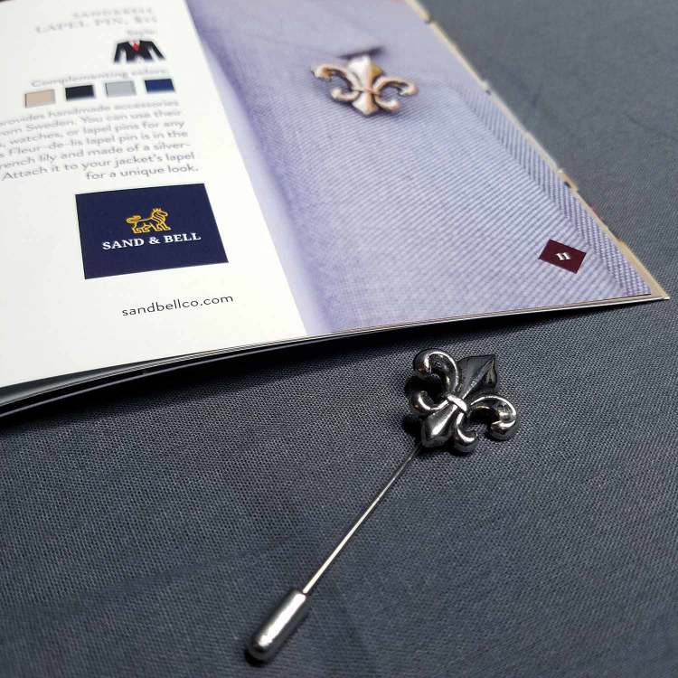Sand & Bell Lapel Pin | GENTLEMAN WITHIN