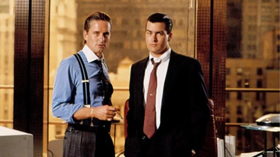 "MR MICHAEL DOUGLAS & MR CHARLIE SHEEN on the set of ""Wall Street"" (1987)"