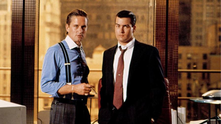 "MR MICHAEL DOUGLAS & MR CHARLIE SHEEN on the set of ""Wall Street"" (1987)"