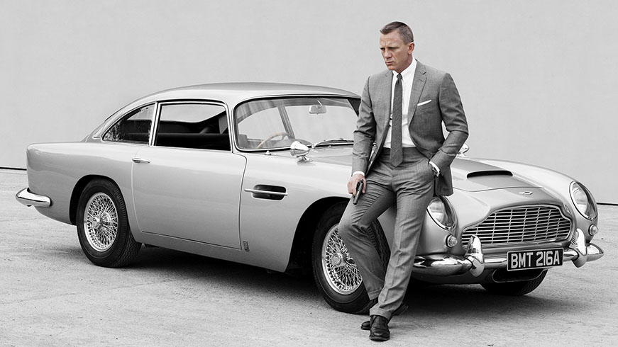 Daniel Craig's monochromatic suits in James Bond.