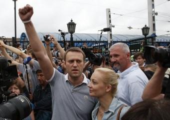 anti-putin-leader-alexei-navalny-run-moscow-mayor