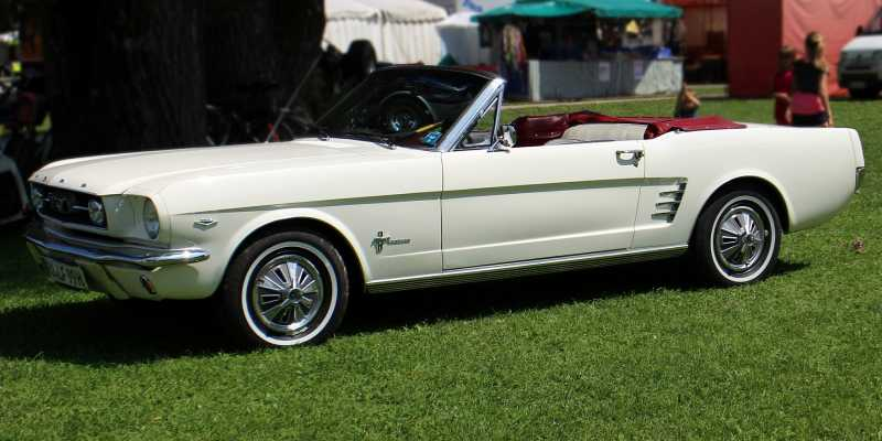 Preppy Midlife Crisis Cars - Ford Mustang