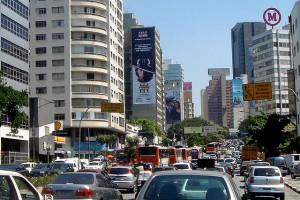 640px-Traffic_jam_Sao_Paulo_09_2006_30a