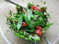 Erbsenschoten-Radischoten-Salat_03