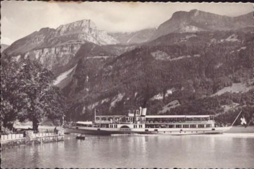 Brienzersee-mit-Dampfschiff-Loetschberg