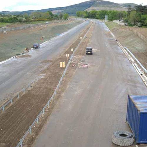 vue d'un chantier construction autoroute