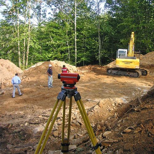 Vue d'un chantier avec tachéomètre