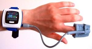 Wrist-oximeter