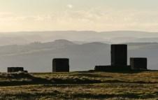 Blocks and border hills