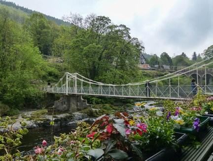 Chain bridge...