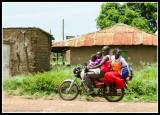 Family transport in Rackoko