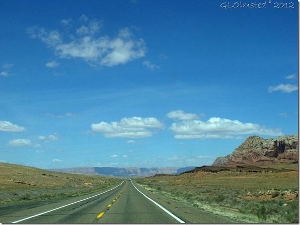 01 Vermilion Cliffs SR89A N AZ (1024x768)